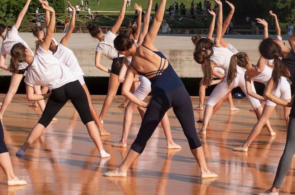 moderna dance lungomare della vittoria napoli