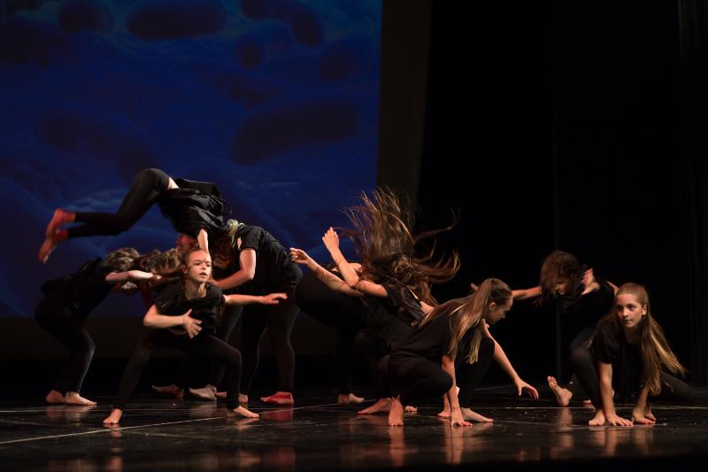 danza acrobatica clara scavazzini